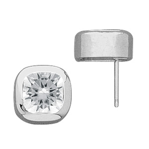 5.0 CT TW Moissanite Cushion Earrings 8mm