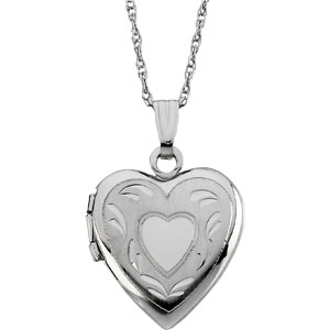 14kt White Gold 5/8in Heart Locket with Leaf Design