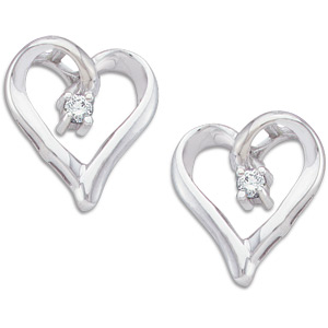14kt White Gold Diamond Heart Earrings