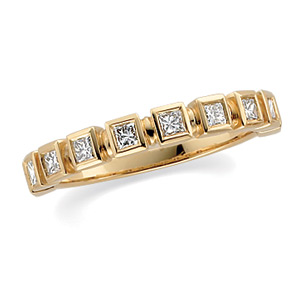 3/8 CT TW Diamond 14kt Yellow Gold Band