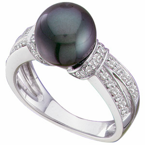14kt White Gold 9mm Black Cultured Pearl & 1/3 ct tw Diamond Ring