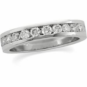 3/4 CT TW Diamond Platinum Band