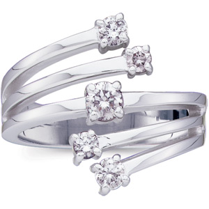 1/4 CT TW Diamond Ring