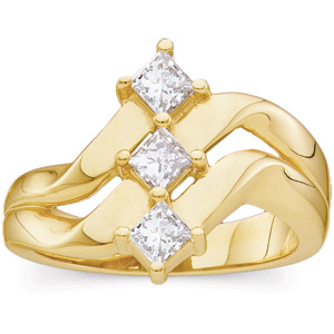 5/8 CT TW 14kt  Yellow Gold Right Hand Diamond Ring