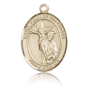 14kt Yellow Gold 3/4in St Paul of the Cross Medal