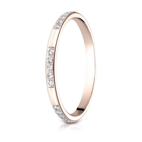 14kt Rose Gold 2mm 1/6 ct tw Diamond Wedding Band