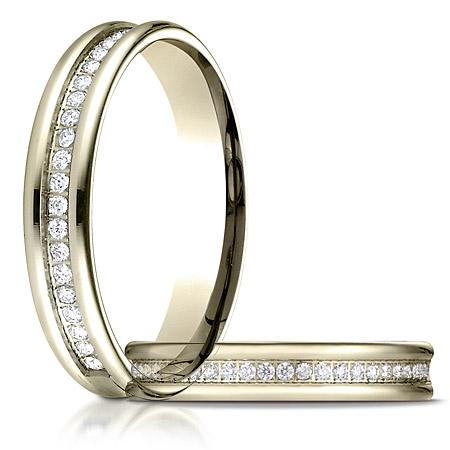 1/4 ct tw 28 Stone Diamond Ring - 14kt Yellow Gold