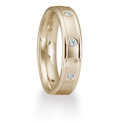 1/6 CT Diamond Band 4mm - 14k Yellow Gold