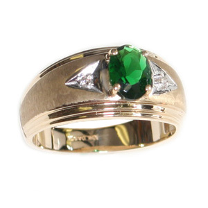 10kt Yellow Gold Synthetic Oval Emerald Ring with Diamonds