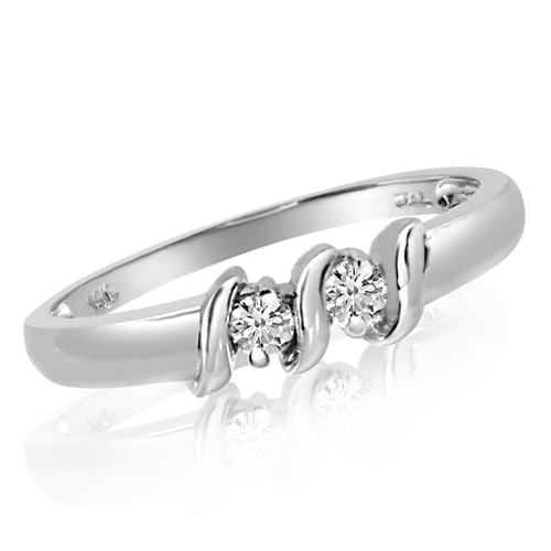 14kt White Gold 1/8 ct Two-Stone Diamond Ring