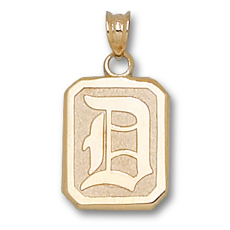 14kt Yellow Gold 5/8in Duquesne D Shield Pendant