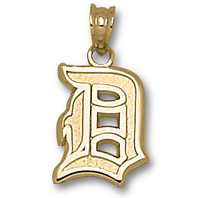 14kt Yellow Gold 7/16in Duquesne D Charm