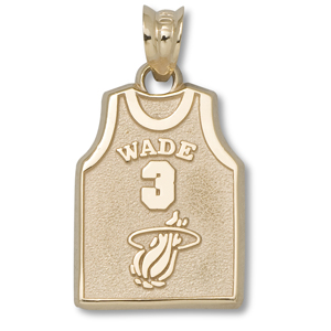 10kt Yellow Gold 5/8in Miami Heat Wade Jersey Pendant