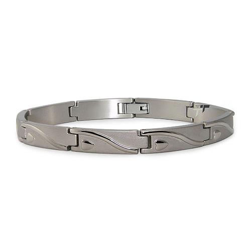 Titanium 8in Heart Wave Bracelet