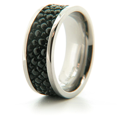 9mm Pipe Cut Titanium Ring with Stingray Inlay
