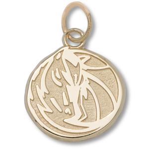 14kt Yellow Gold 3/8in Dallas Mavericks Horse Pendant