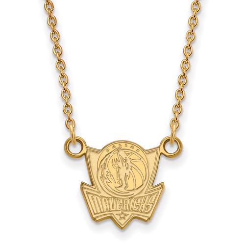 10k Yellow Gold 1/2in Dallas Mavericks Pendant on 18in Chain