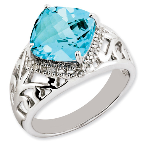 5.5 ct Sterling Silver Light Swiss Blue Topaz and Diamond Ring