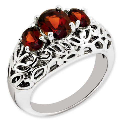 Sterling Silver 2.96 ct 3-Stone Garnet Ring with Leaf Design