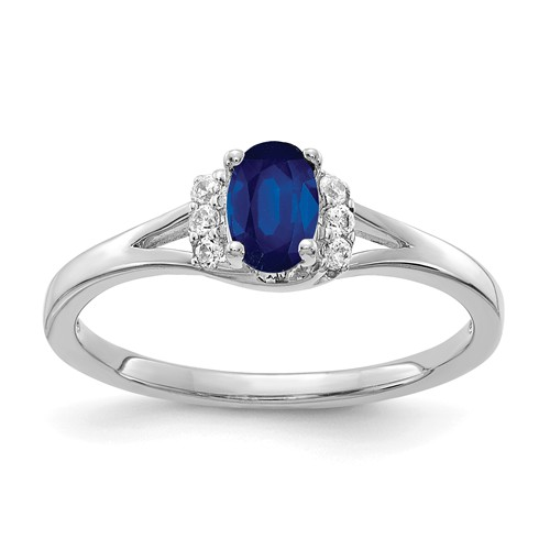 14k White Gold 0.5 ct Oval Sapphire Ring with Diamonds