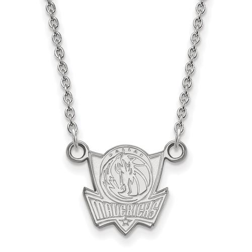 Sterling Silver 1/2in Dallas Mavericks Pendant on 18in Chain
