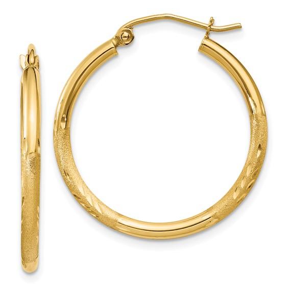 14kt Yellow Gold 1in Diamond-cut Satin Hoop Earrings 2mm