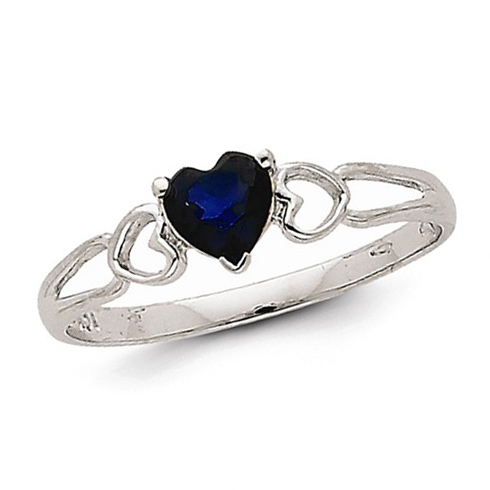 14kt White Gold 1/2 ct Heart Sapphire Ring