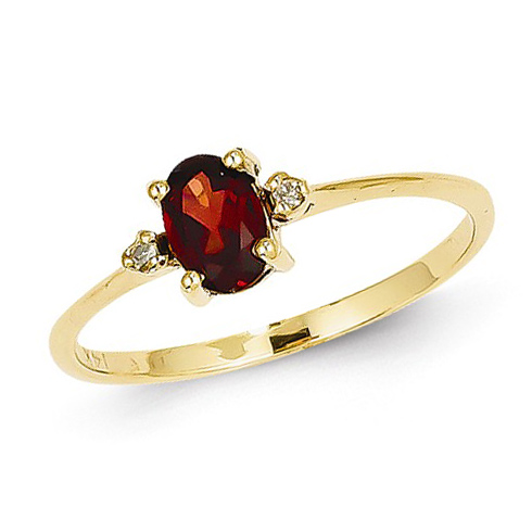 14kt Yellow Gold 2/3 ct Oval Garnet Ring with Diamonds