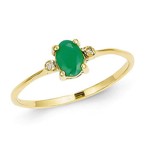 14kt Yellow Gold 1/2 ct Oval Emerald Ring with Diamonds