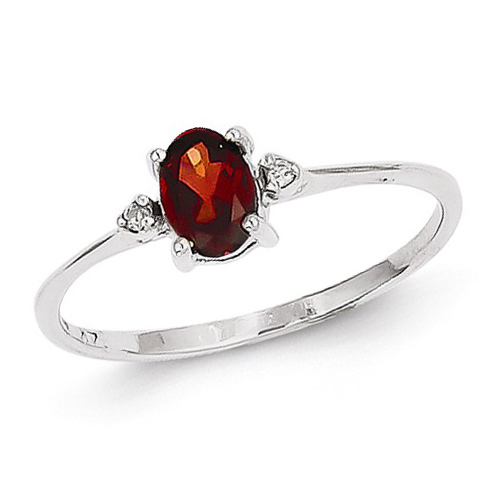 14kt White Gold 2/3 ct Oval Garnet Ring with Diamonds