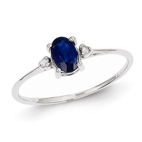 14kt White Gold 2/3 ct Oval Sapphire Ring with Diamonds