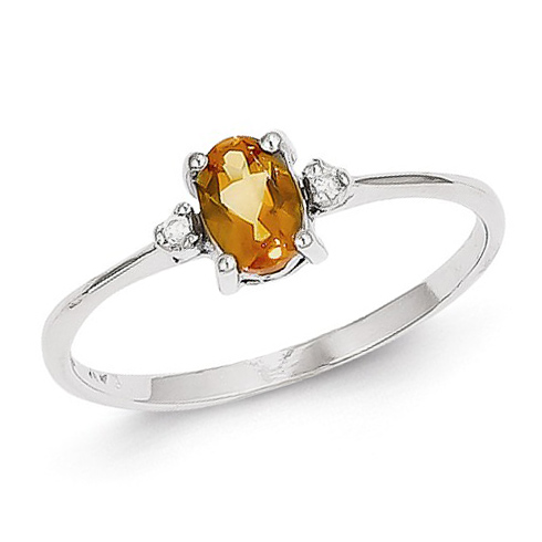 14kt White Gold 2/5 ct Oval Citrine Ring with Diamonds