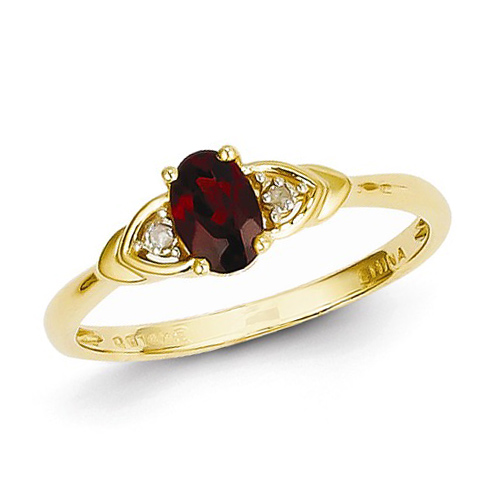 14kt Yellow Gold 1/5 Ct Oval Garnet Ring with Diamond Accents