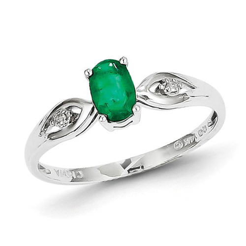 14kt White Gold .44 ct tw Oval Emerald Ring with Diamonds