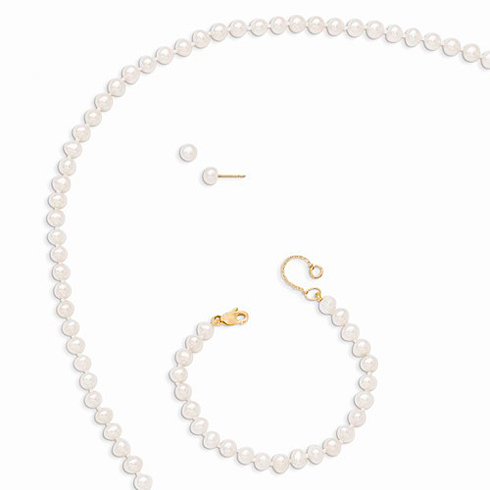 14kt Yellow Gold 4mm Freshwater Cultured Pearl Bracelet Earrings and Necklace Set