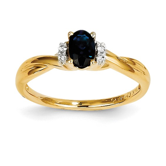 14kt Yellow Gold 2/3 Ct Oval Sapphire Ring with 1/20 ct Diamonds