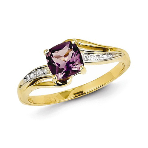 14kt Yellow Gold 0.7 ct Square Amethyst Ring with Diamonds