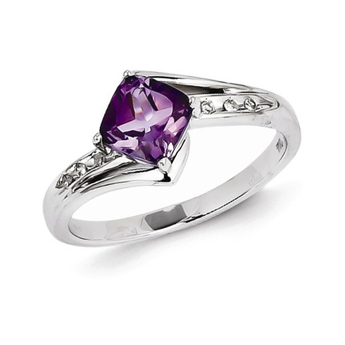 14kt White Gold 0.7 ct Square Amethyst Ring with Diamonds