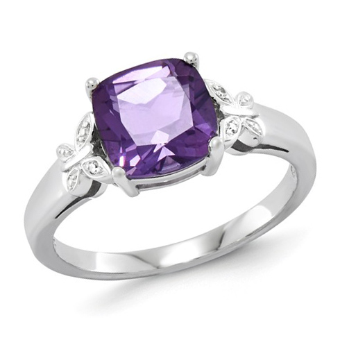 14kt White Gold 1.7 ct Square Amethyst Ring with Diamond Accents
