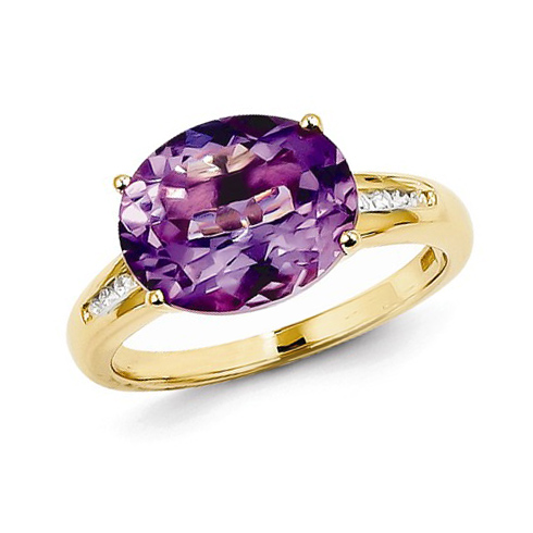 14kt Yellow Gold 4.0 ct Oval Amethyst Ring with Diamonds