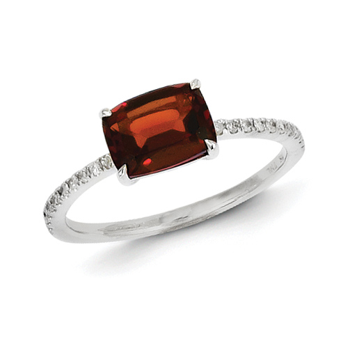 14kt White Gold 1.4 ct Garnet Ring with Diamonds