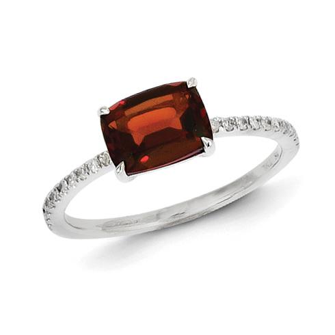 14kt White Gold 1.4 ct Garnet Ring with Diamonds