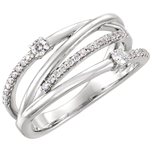 14kt White Gold 1/4 ct tw Criss Cross Ring with Diamonds