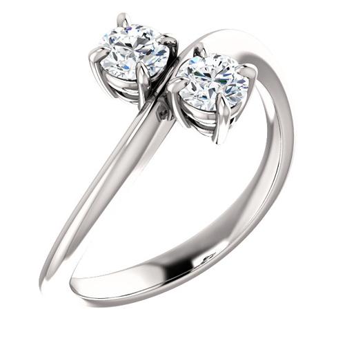 14kt White Gold 1/2 ct tw Two-Stone Diamond Knife Edge Ring