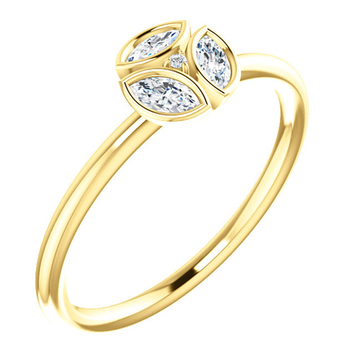 14kt Yellow Gold 1/4 ct tw Diamond Floral Cluster Ring