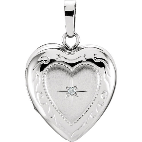 14kt White Gold 1/2in Heart Locket with Diamond