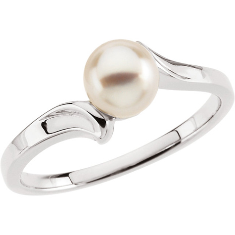 14kt White Gold Akoya Cultured Pearl Bypass Ring