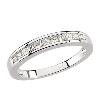 1/2 CT TW Princess Diamond Platinum Band