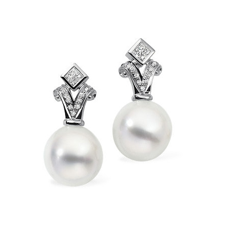 18kt White Gold 12mm Oval South Sea Pearl Earrings with Diamonds