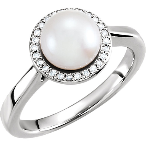14kt White Gold 8mm Freshwater Cultured Pearl Halo Ring with Diamonds